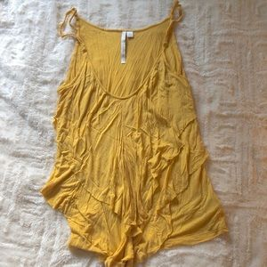 Float chic yellow tank top